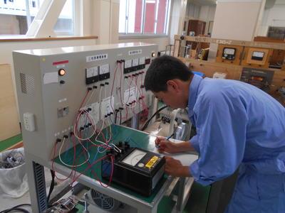 三相誘導電動機の負荷特性